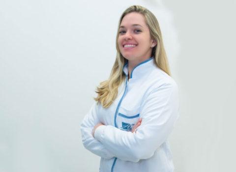 Dra. Ana Claudia Martins